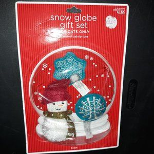 New Snow Globe Gift Set For Cats